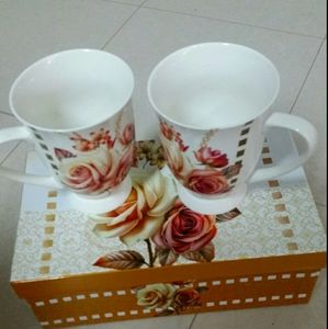 NWOT Rose Cups English Style Set of Two
